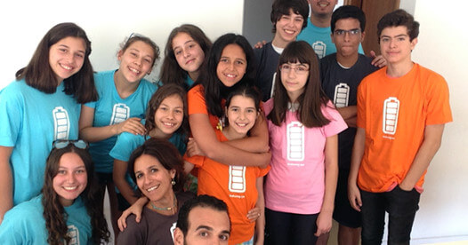 Group of kids and mentors on the first CoderDojo Vila do Conde session